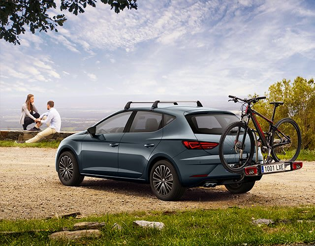 SEAT Leon 5 doors accessories for a family road trip