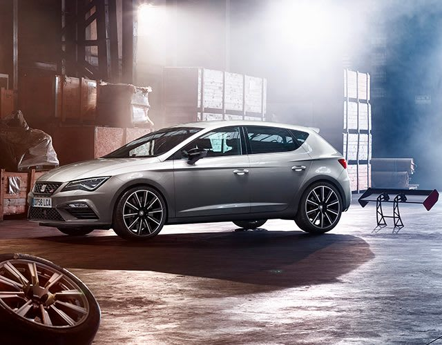 New SEAT Leon CUPRA back view