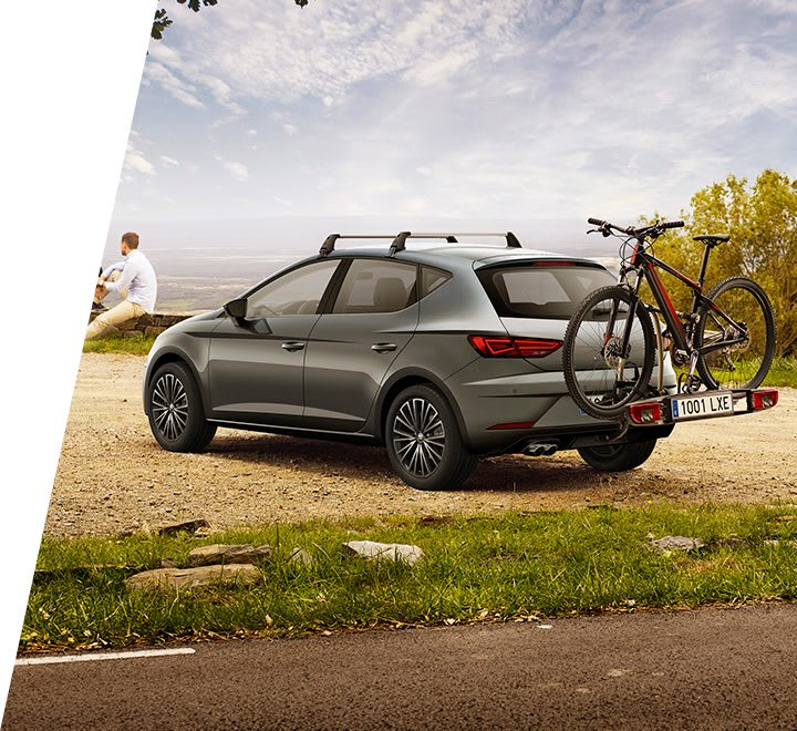 New SEAT Leon 5 doors accessories for a family road trip