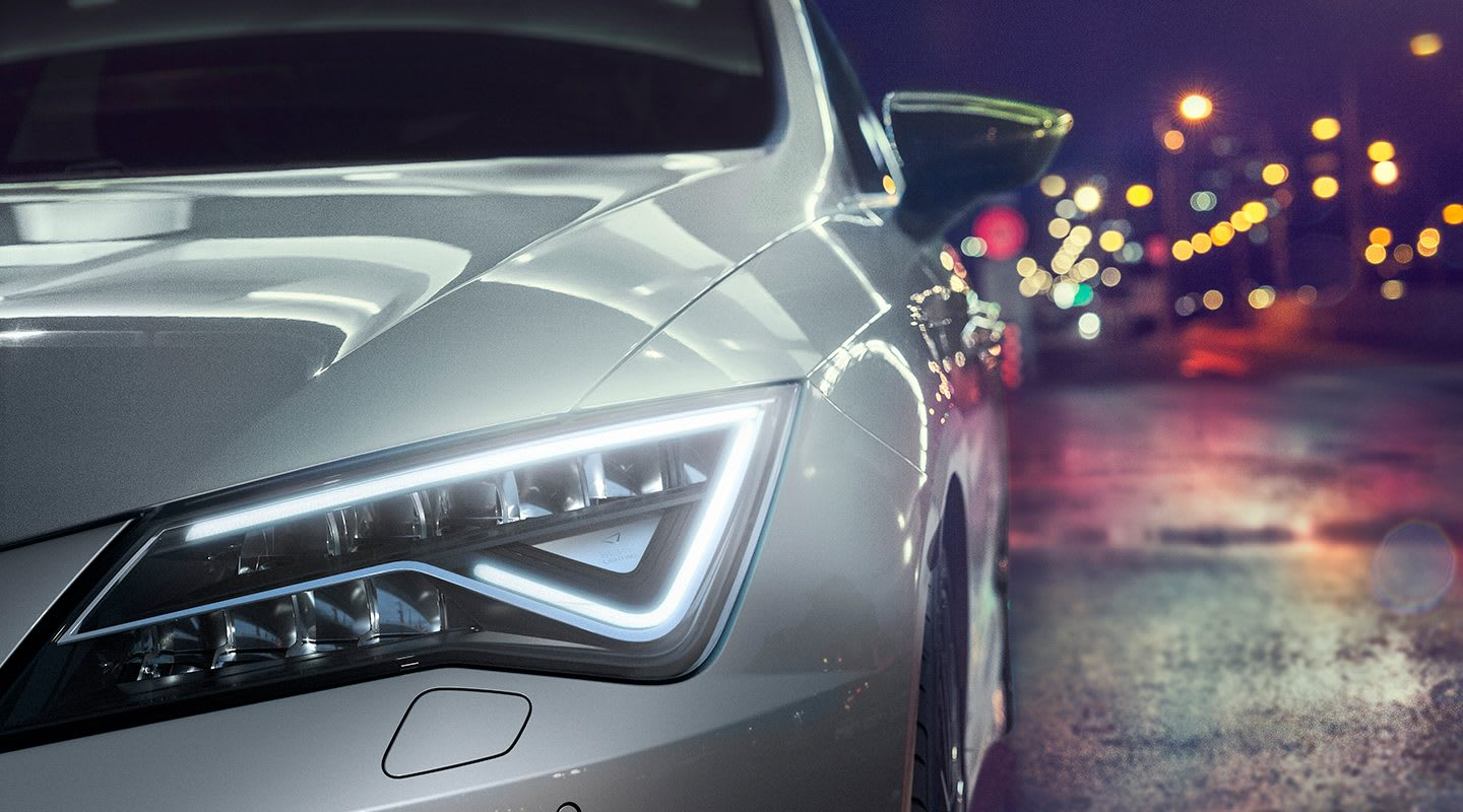 SEAT Leon CUPRA LED Headlamps