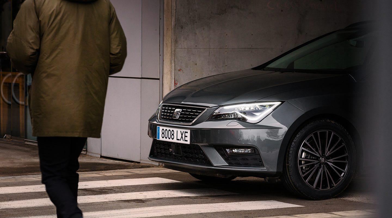New SEAT Leon ST dynamic car