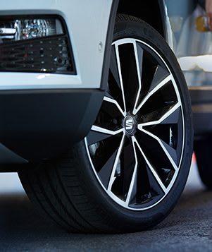 SEAT Ateca rear view