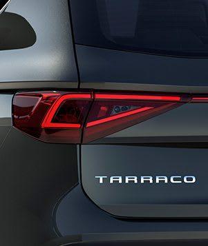 SEAT Tarraco, der Grossraum-SUV mit eingeschalteten LED-Rückleuchten