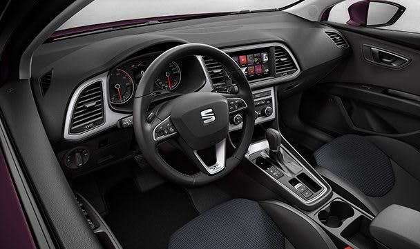 SEAT Leon ST interior view