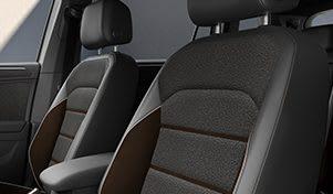 SEAT Tarraco XCELLENCE, ligne d'équipement du SUV spacieux, détails des sièges avant confortables
