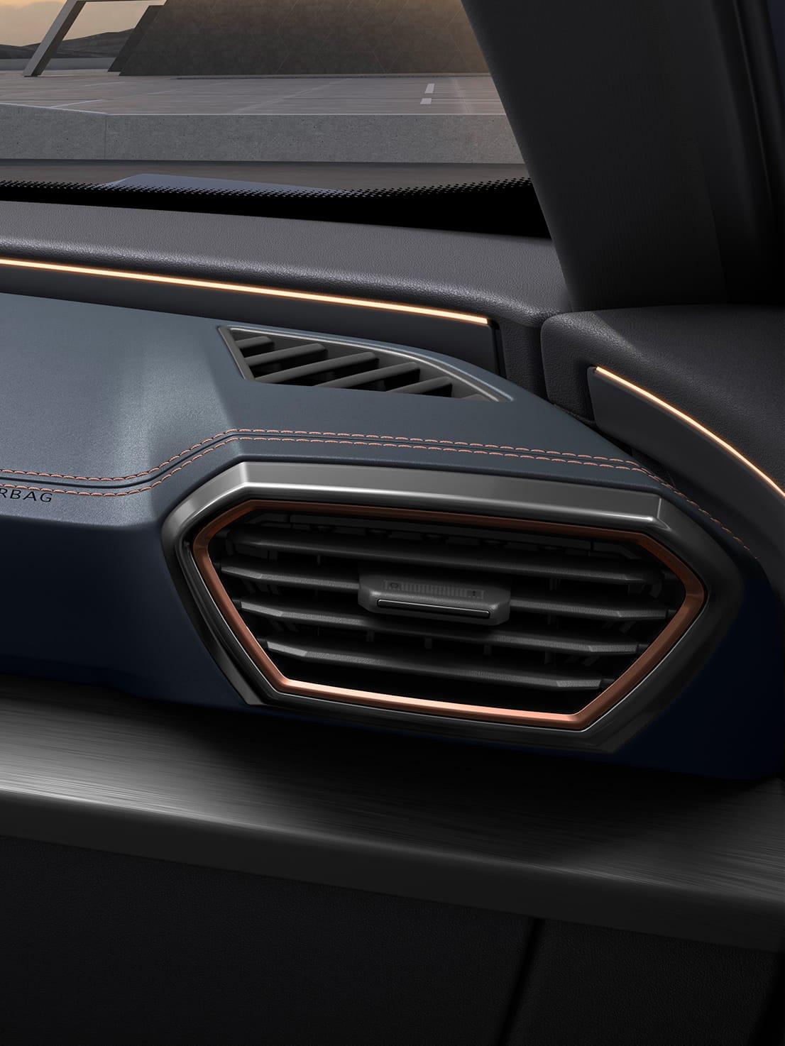neuer cupra formentor kompakt-suv mit kupferfarbenen details an den lüftungsöffnungen
