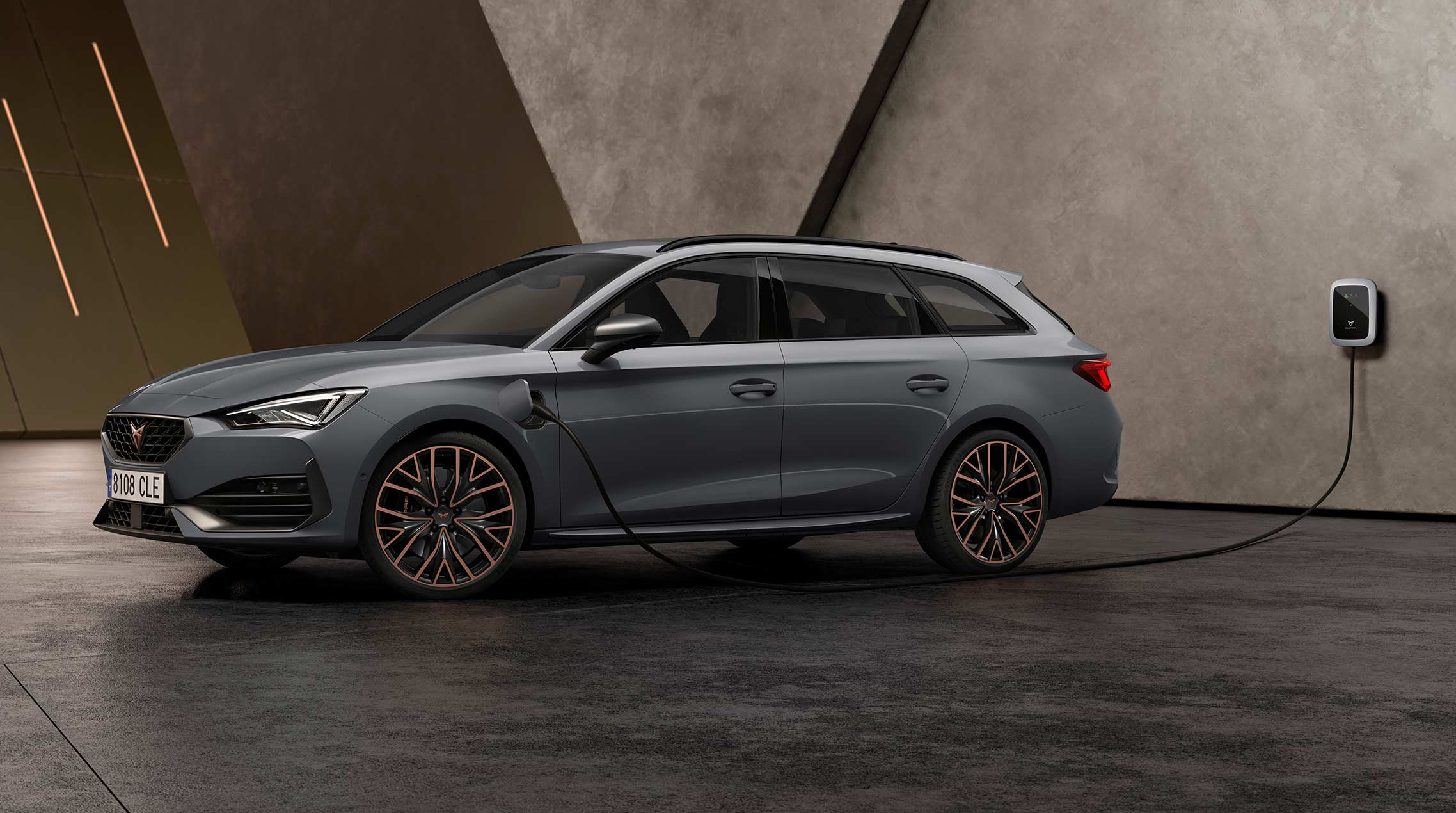 new CUPRA Leon Sportstourer ehybrid family sports car in graphene grey colour specifications