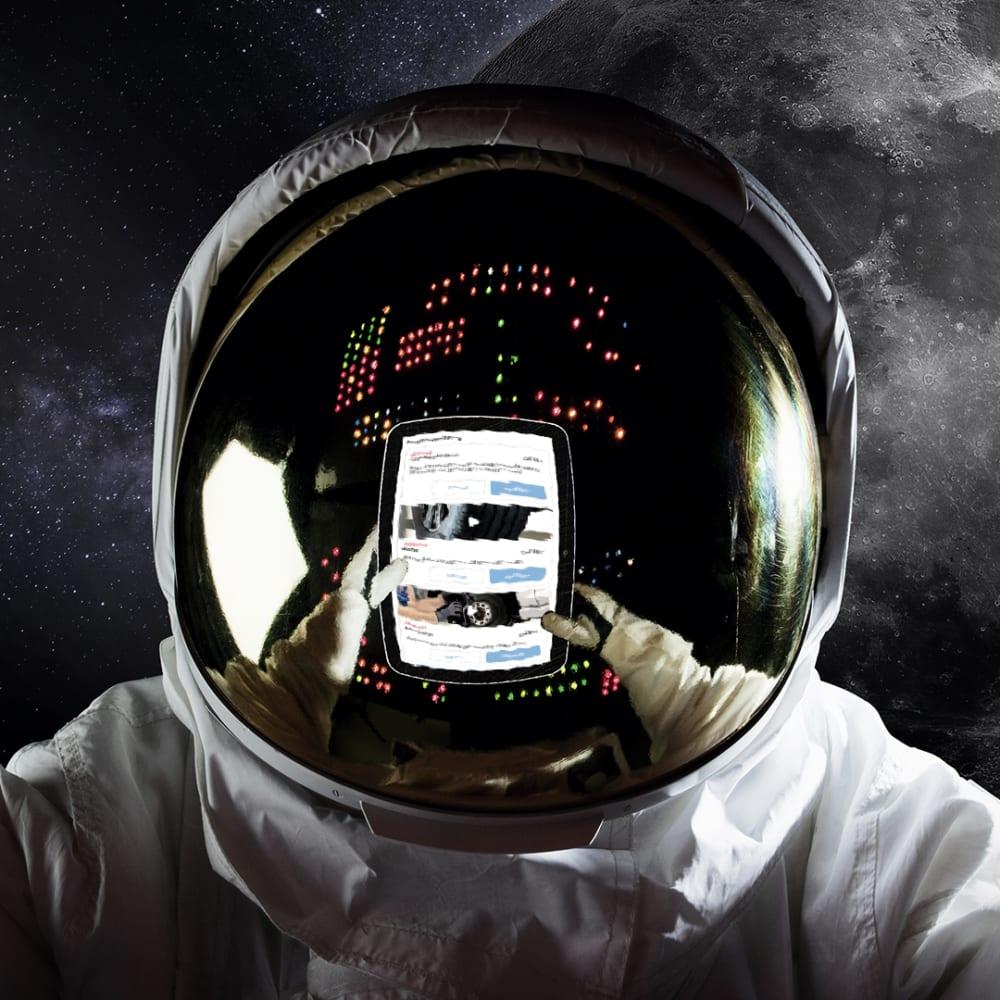 Astronaut Service Cam