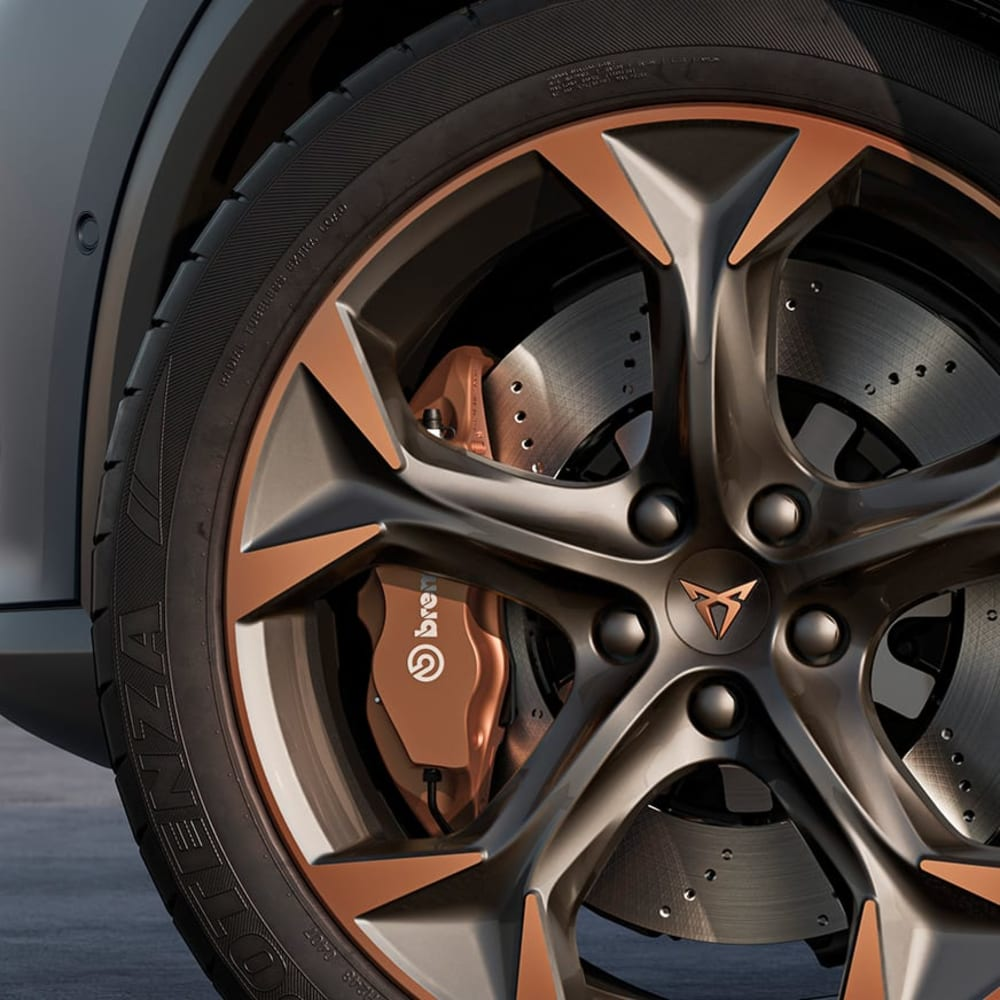 01-new-cupra-formentor-compact-suv-with-brembo-disc-brakes