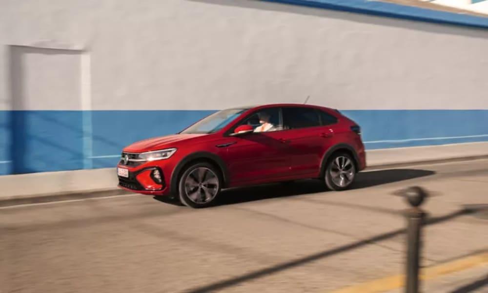 TA0059-taigo-exterior-red-side-view-driving