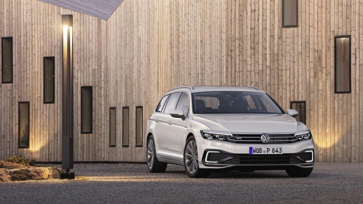 Volkswagen-Passat-restyling-2019