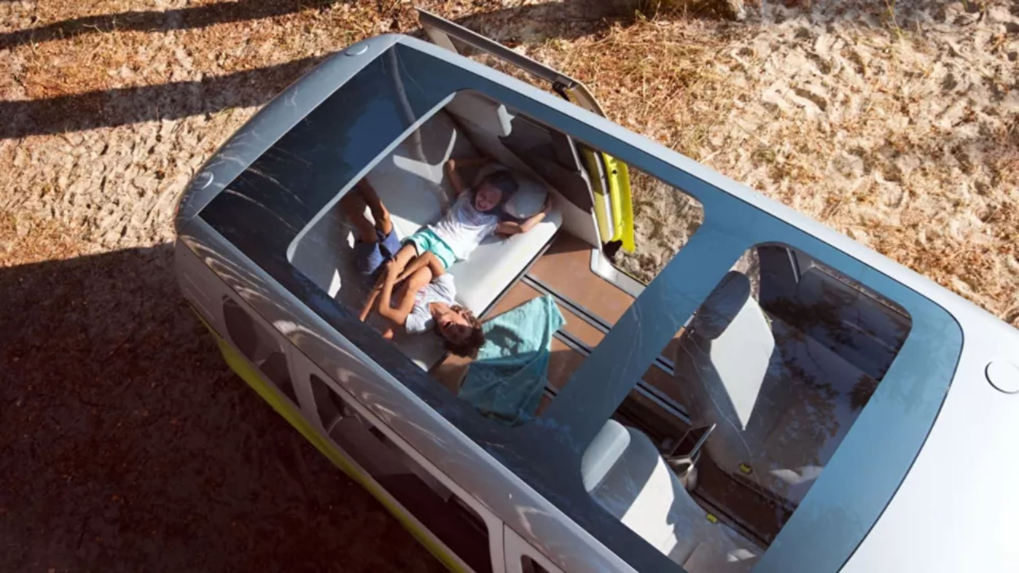 id-buzz-panoramic-roof