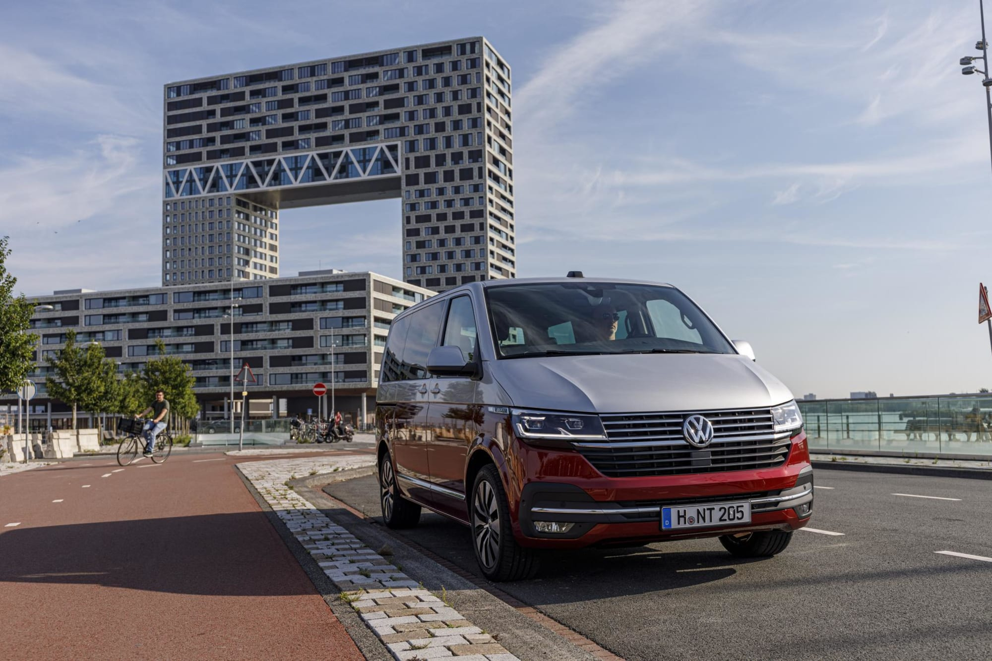 VW T6.1 Multivan Cruise-100