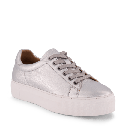 Sneaker_Silver