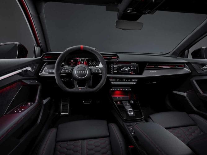 Audi_RS3_Interior_1333x1000