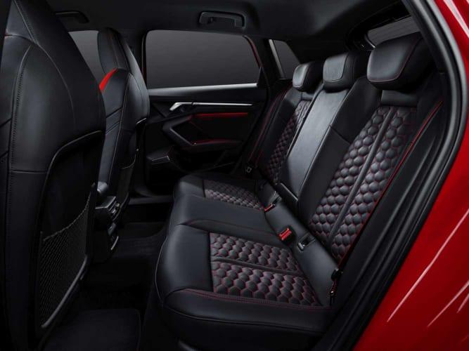 Audi_RS3_Interior3_1333x1000